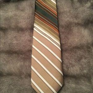 Beau Brummell tie.